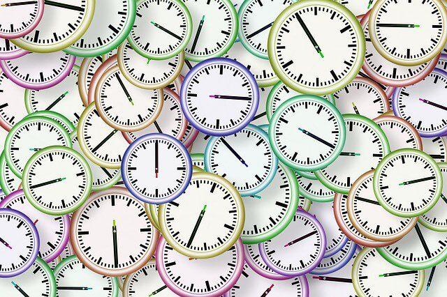 Jak zrobić harmonogram w Excelu - zegary