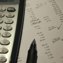 Kalkulator i sumowanie pośrednie