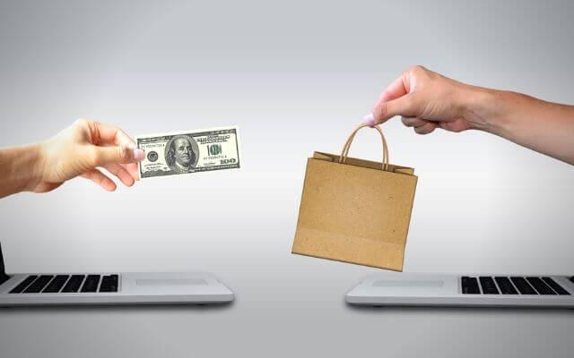 Zakupy. Wymiana pieniądze za towar. Kredyt. Obliczanie raty za pomocą funkcji PMT w Excelu.